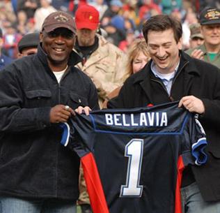 Buffalo Bills Hall of Famer Thurman Thomas presents David Bellavia a jersey before a game, November 2007. (Photo courtesy of David Bellavia)