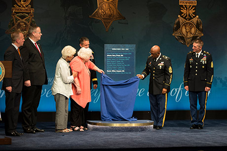 Ina Bass, third from left, and Elsie Shemin-Roth represent their father, Sgt. William Shemin;  while Command Sgt. Maj. Louis Wilson, second from right, New York Army National Guard, represents World Pvt. Henry Johnson, as they are inducted into the Hall of Heroes at the Pentagon, June 3, 2015. U.S. Army photo by Staff Sgt. Bernardo Fuller
