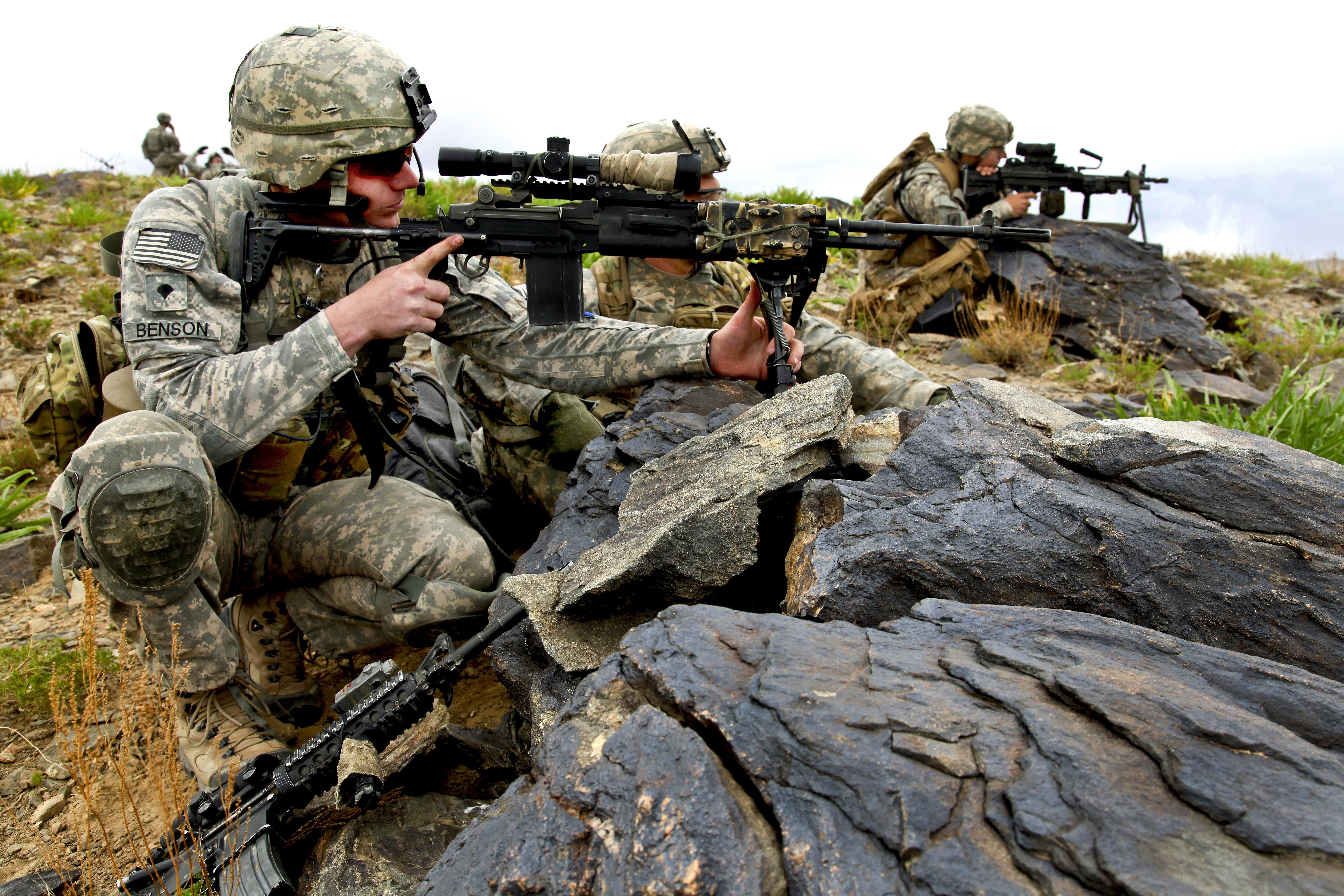 april 2010 army photos - year in photos