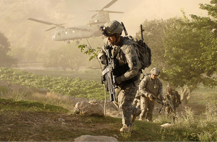 Soldiers air assault into village inside Afghanistan