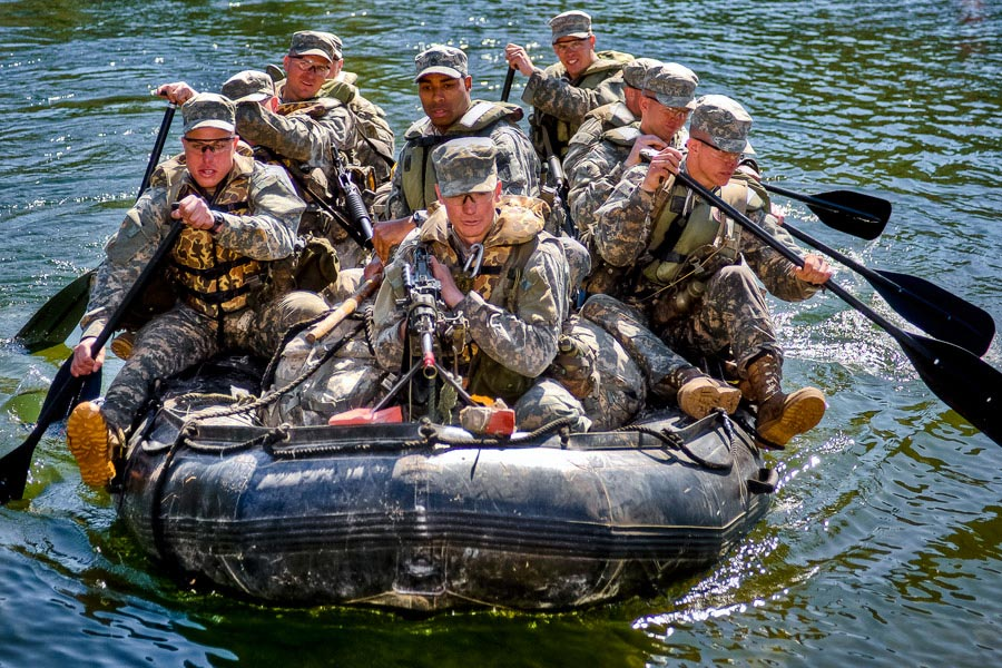 Army Rangers conduct small boat movement training